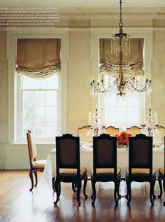 Beautiful French dining room. I wouldn't change a thing, except add a Persian Rug