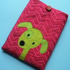 Tablet cover with dog applique pattern from Shiny Happy World