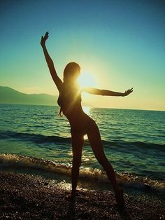 Beach at sunrise Summer Dream, Summer Of Love, Summer Girls, Summer Beach, Summer Fun, Summer Time, Beach Girls, Summer Days, Summer Paradise