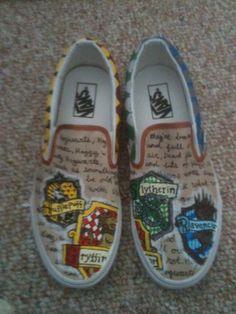 Harry Potter shoes!! Me like :)