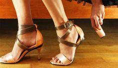 Cansada del tacón de los zapatos? Una mujer ha inventado los zapatos de tacón intercambiables