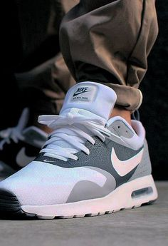 Mens Womens Nike Shoes 2016 On Sale!Nike Air Max  Nike Shox  Nike Free Run  Shoes  etc. of newest Nike Shoes for discount sale 89c2c4def