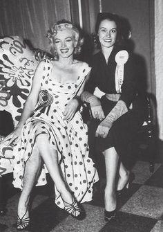 Resultado de imagen para marilyn monroe polka dot dress