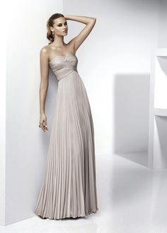would make a gorgeous bridesmaid dress.