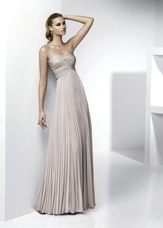 would make a gorgeous bridesmaid dress.