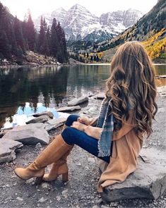 40 Adorable Fall Outfits To Wear Now Cute Fall Outfits, Winter Fashion Outfits, Fall Fashion, Girl Photo Poses, Girl Photos, Stylish Girl Pic, Fashion Mode, Girl Photography Poses, Photography Shop