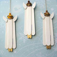 Adornos navideños de madera Angel juego de 3 por BarkingDogDesigns