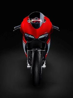 New Ducati Panigale Superleggera || via VisorDown