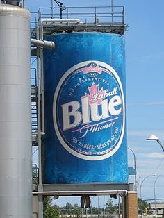 """""""Giant Beer Can"""" -- Edmonton, Alberta (via R Eric Ludwig) Canadian Beer, I Am Canadian, Jack Of Hearts, Canada Images, Canada Eh, Sea To Shining Sea, Roadside Attractions, Water Tower, Advertising Signs"""
