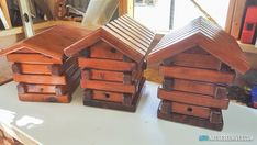 Backyard Projects Bee Hives New Ideas Backyard Dog Area, Backyard Hammock, Backyard Water Feature, Backyard Playground, Honey Bee Hives, Honey Bees, Stingless Bees, Backyard Wedding Decorations, Deck Seating