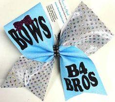 Cute Cheer Bows, Cheer Mom, Cheer Stuff, Cheer Pics, Cheer Hair, Softball Bows, Cheerleading Bows, How To Make Bows, Make Up