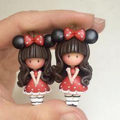 Vestirsi come Minnie ❤️ #icapriccidicolombina #fimo #handmade #fanart #polymerclay #gorjussfanart #disneyfan #minnie #cosplay #kawaii #doll