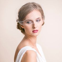 Hey, I found this really awesome Etsy listing at https://www.etsy.com/listing/159320647/birdcage-bandeau-veil-bridal-standard-9