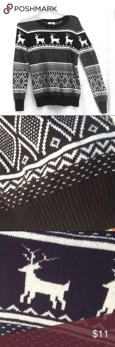 Black and White Reindeer Sweater 100% acrylic. A soft, cozy sweater that will surely get you in the mood for the winter season. Perfect for cuddling up in front of the fireplace. Like new, only worn once. Old Navy Sweaters Crew & Scoop Necks