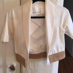 Yigal jacket Yigal Azrouel cropped white cotton bolero jacket with beige detail Yigal Azrouel Jackets & Coats