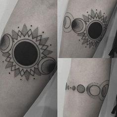 Solar eclipse arm band by @jamieeddytattoo #valleyink #ink #tattoo #tattooartist #brisbanetattoo #alternative #solareclipse #eclipse