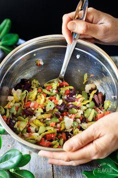 Olive Salad for Muffaletta Muffuletta Recipe, Muffuletta Sandwich, Italian Appetizers, Cold Appetizers, Olive Recipes, Light Recipes, Quinoa Salat, Cooking Recipes, Healthy Recipes