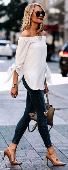 f0a07115d86 Cool 41 Spring And Summer Clothing Inspiration For Women 2018. More at https    wear4trend.com 2018 02 20 41-spring-summer-clothing-inspiration-wome…