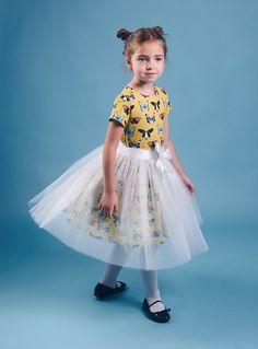 Suknie i sukienki dla dziewczynek na DeFashion.pl | #defashionpolska #fashion #kids #dresses #sukienki #dzieci #suknia Fashion Kids, Tulle, Skirts, Tutu, Skirt, Gowns, Skirt Outfits, Petticoats