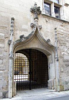 Commanderie de Sainte-Luce, ayant appartenue aux Templiers, puis aux Chevaliers de Malte.Arles (Gard) - France