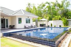 Lovely pool villa, Pattaya Thailand.  http://www.towncountryproperty.com/houses/east-pattaya-house-19937.html