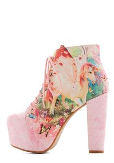 Unicorn shoes: 10 wedding shoes that are by, for, and about unicorns!
