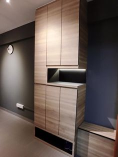 Garderobe interior doctor modern minimalistic scandinavian shoe cabinet 1 More Acne- Does Food Make Shoe Cabinet Entryway, Shoe Cabinet Design, Interior Design Singapore, Modern Interior Design, Rack Design, Wardrobe Design, Vintage Design, Cool House Designs, Interior Decorating