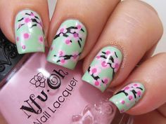 Floral Manicure Inspiration - Flower Nail Art Pictures for Inspiration - Good Housekeeping