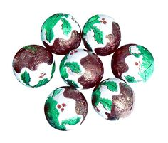 Made with real milk chocolate, think of a mini egg but pudding shaped and covered in a festive foil.