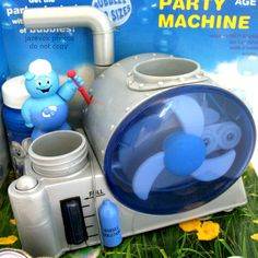 *SOLD* NEW 2002 HASBRO BIG BUBBA PARTY MACHINE BUBBLE BUBBLES Blower Maker Disco Toy $1 sold ... we sell more VINTAGE ITEMS at http://www.TropicalFeel.com