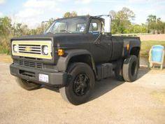 c50 custom single cab dually Lmc Truck, Truck Mods, Lifted Chevy Trucks, Classic Chevy Trucks, Old Classic Cars, Chevrolet Trucks, Pickup Trucks, Medium Duty Trucks, Heavy Duty Trucks