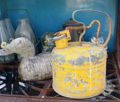 Vintage Galvanized Gas Can Old 1950s Yellow от JerrysVintageDepot