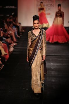 Beautiful Vikram Phadnis Cream, Bronze & Gold With Embroidered Sleeved At Lakme Fashion Week India Fashion Week, Fashion Week 2015, Lakme Fashion Week, Asian Fashion, Indian Wedding Outfits, Pakistani Outfits, Indian Outfits, Indian Clothes, Indian Attire