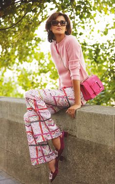 Classic Outfits, Cool Outfits, Uniqlo, French Chic, Parisian Chic, Sweater Fashion, Spring Outfits, Spring Fashion, Fashion Looks