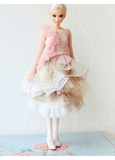 Sugarbabylove - Pink Queen set for momoko (3pieces set). $60.00, via Etsy.