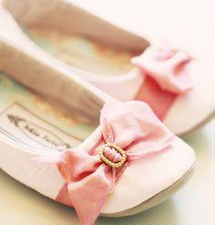 Marie Antoinette ballet flats - so sweet! Brings me back to my ballet years!