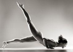 Briohny Smyth Yoga Equinox Fitness Exercise Armbalance Talented No controversy Bikram Fit
