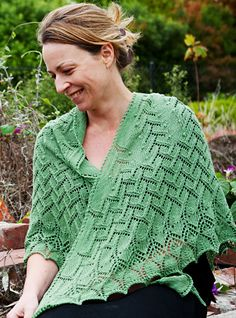 Regenerate shawl : Knittyspin Spring+Summer 2014, Kiwi Laceweight by Zealana in the Fern (07) colorway