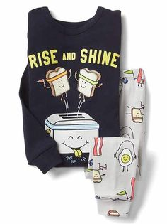 Toddler girl pajamas from Gap are made from super soft cotton, polyester and organic cotton. Shop toddler girl nightgowns, robes, and pajamas at Gap. Cute Pajama Sets, Cute Pjs, Cute Pajamas, Girls Pajamas, Pajamas Women, Baby Kids Clothes, Toddler Girl Outfits, Girls Clothes Shops, Girl Clothing
