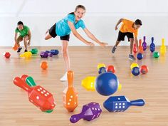 Students can stay active in PE without access to a gym or field. Read on to learn how to make use of non-conventional PE spaces! Space Games For Kids, Space Activities, Gross Motor Activities, Games For Toddlers, Games For Teens, Physical Activities, Physical Education Lessons, Health Education, Video Game Party