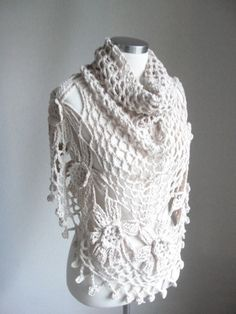 Light, cotton scarf, perfect for summer evenings.