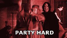 If you're in charge of a Halloween party this year, it clearly needs to be Harry Potter-themed. Because, really, Halloween and Harry Potter go together like butter and beer. As a proud Harry Potter Party Planner myself, I know some of the charms and… Memes Do Harry Potter, Fans D'harry Potter, Harry Potter Pictures, Harry Potter Fandom, Ron Y Hermione, Ginny Weasley, Hermione Granger, Harry Potter Halloween Party, Harry Potter Birthday