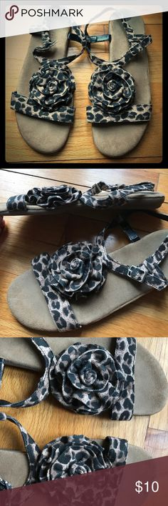 Aerosoles Cheetah Print Flower Sandal Super comfy Aerosoles sandal with cute cheetah print and flower design. The sole is squishy and the straps airy and good for walking around! They are lightly used, but look brand new on your feet! AEROSOLES Shoes Sandals