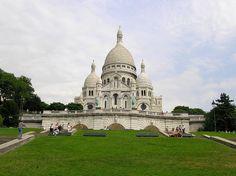 Sacre-Coeur, Paris, France by Luis Jacome.
