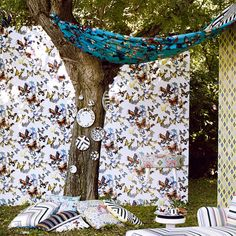 Search results for: 'christian lacroix wallpaper butterfly parade' Christian Lacroix Wallpaper, Wallpaper Panels, Designers Guild, Designer Wallpaper, Bird Feeders, Furniture Design, Material, Butterfly, Outdoor Decor