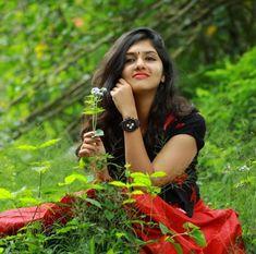Dehati Girl Photo, Girl Photo Poses, Girl Poses, Beautiful Girl Photo, Beautiful Girl Indian, Couple Wedding Dress, Massage Girl, Indian Actress Photos, Cute Girl Pic