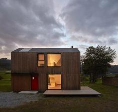 """""""Casa Montaña"""" by [baragaño], Váldes, Asturias. Photograph © Mariela Apollonio"""