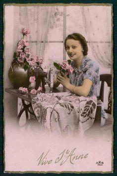 Sewing Machine Lady Original Old c1930 1940s Photo Postcard BB22 | eBay
