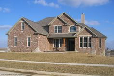 Home Exterior Black Rundle Country Ledgestone Cultured