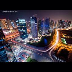 Beautiful World : Dubai as Seen by Sebastian Opitz Time Lapse Photography, Video Photography, Travel Photography, Photography Tutorials, Creative Photography, Photography Ideas, Top 10 Tourist Destinations, Amazing Destinations, Cityscape Dubai